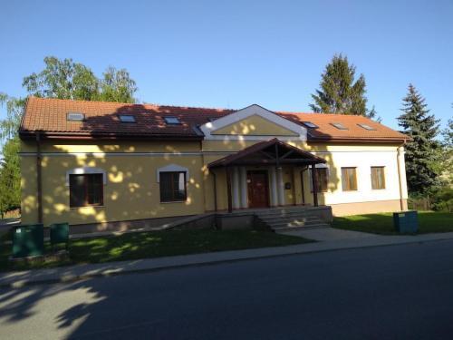Farské budovy